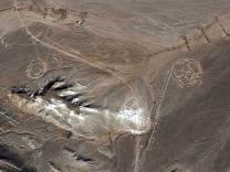 Seguendo l'interpretazione elettronica dei petroglifi, questo risulta il più similare alla simbologia moderna per indicare un transistore.