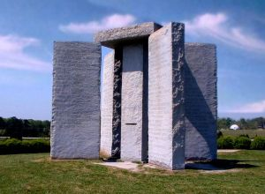 Fonte immagine: http://it.wikipedia.org/wiki/Georgia_Guidestones