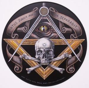 (Sfruttando la potenza della morte non separerà) Fonte immagine originale: http://healdsburg-freemason.com/?tag=skull-and-crossbones
