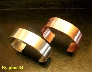 Bracciali realizzati in rame e in alluminio