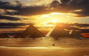 Fonte immagine: http://www.maxisciences.com/egypte/wallpaper